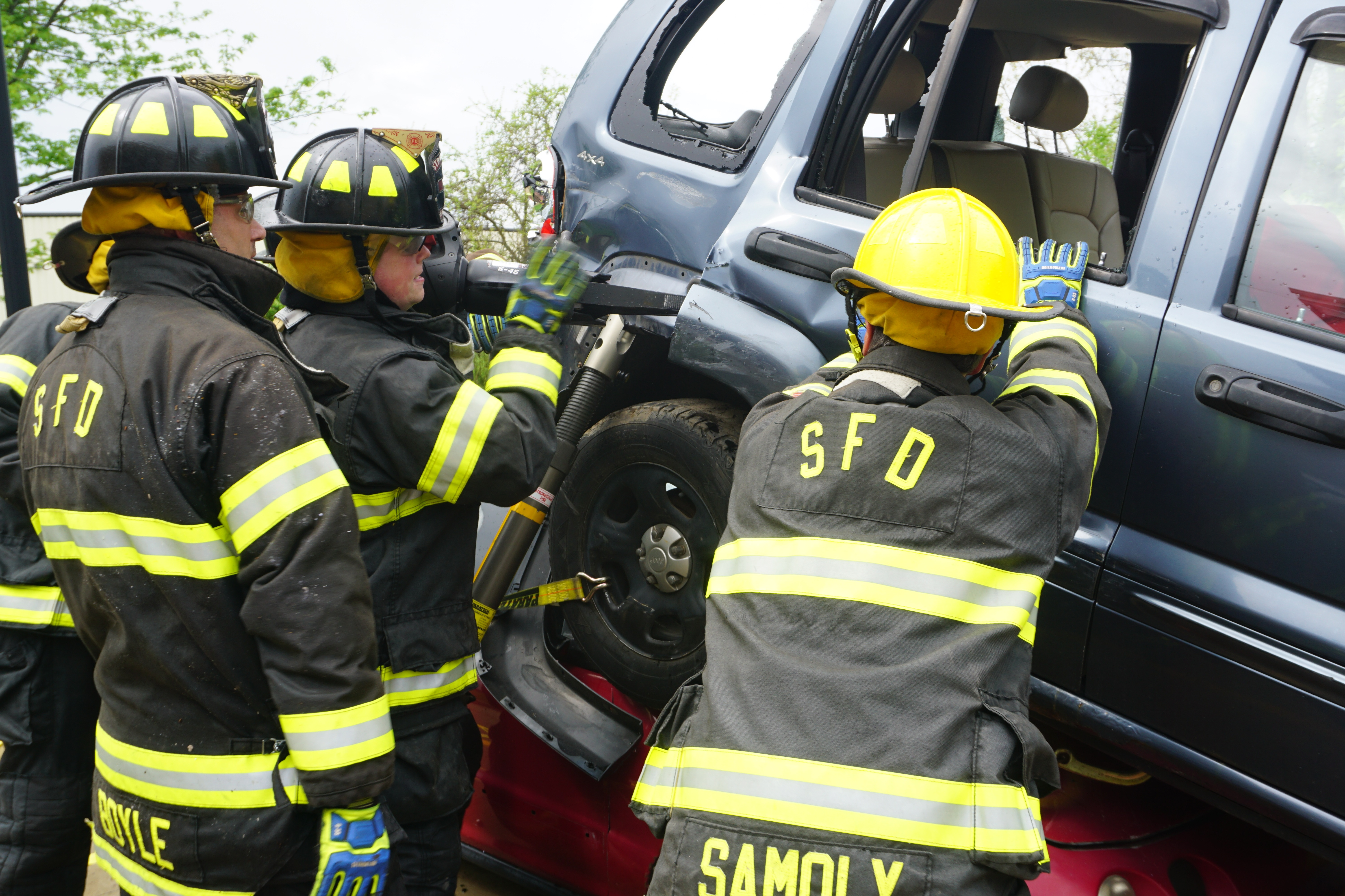 Firefighters Train on Extrication Equipment