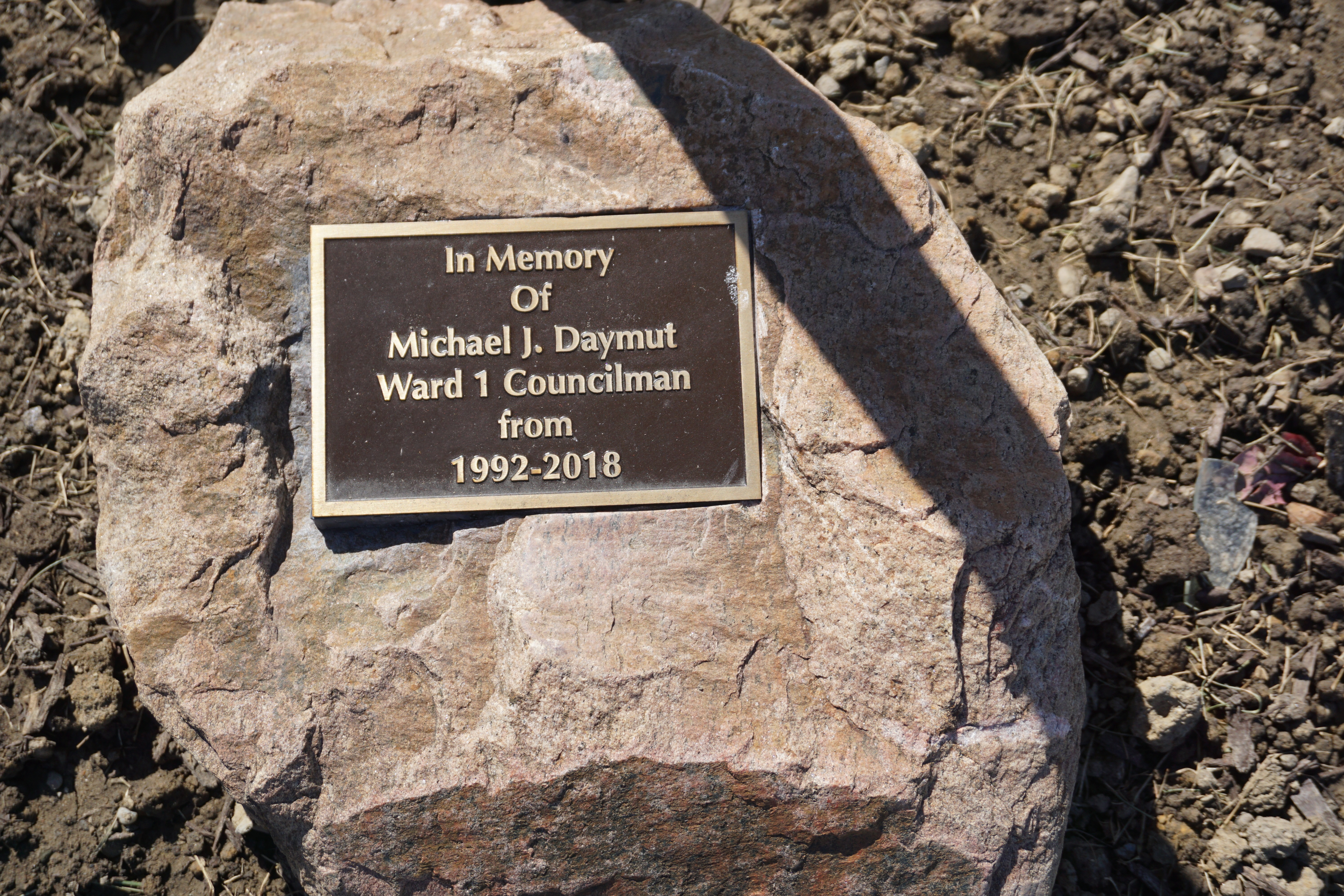 Memorial Honors Mike Daymut